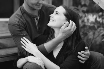10-Central-Wisconsin-Farm-Engagement-photos-James-Stokes-Photography