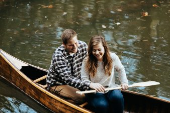 21-rustic-vintage-canoe-engagement-photos-on-riverJames-Stokes-Photography