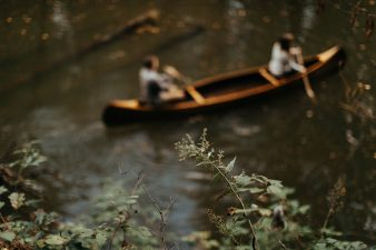 23-rustic-vintage-canoe-engagement-photos-on-riverJames-Stokes-Photography