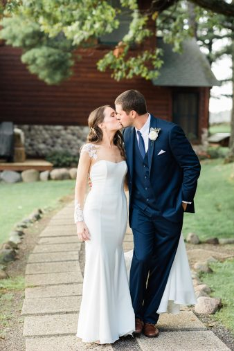 65-Lakeside-Wisconsin-Weddings-Chippewa-Retreat-Resort–James-Stokes-Photography-
