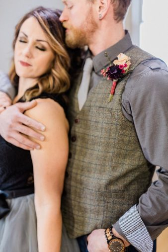 006_Indoor_Bohemian_Wedding_Inspiration_Wisconsin_Photographers_James-Stokes-Photography_photo