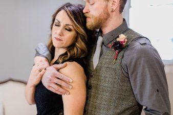 007_Indoor_Bohemian_Wedding_Inspiration_Wisconsin_Photographers_James-Stokes-Photography_photo