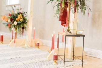020_Indoor_Bohemian_Wedding_Inspiration_Wisconsin_Photographers_James-Stokes-Photography_photo