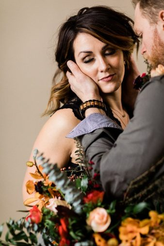 036_Indoor_Bohemian_Wedding_Inspiration_Wisconsin_Photographers_James-Stokes-Photography_photo