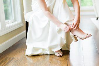 008-natural-light-bridals-at-home_Rock-Ridge-Orchard-Wedding_James-Stokes-Photography-