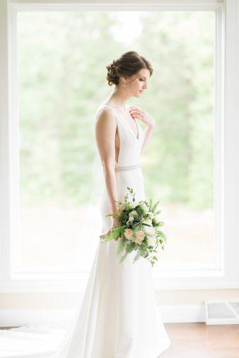 011-natural-light-bridals-at-home_Rock-Ridge-Orchard-Wedding_James-Stokes-Photography-