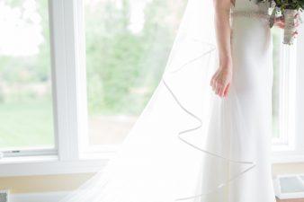 014-natural-light-bridals-at-home_Rock-Ridge-Orchard-Wedding_James-Stokes-Photography-