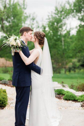 027-natural-light-bridals-at-home_Rock-Ridge-Orchard-Wedding_James-Stokes-Photography-