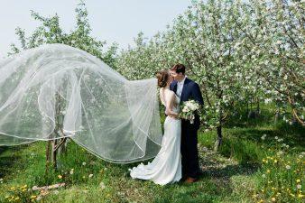 039-Spring-Barn-_Rock-Ridge-Orchard-Wedding_James-Stokes-Photography-