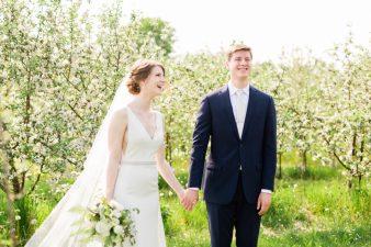 042-Spring-Barn-_Rock-Ridge-Orchard-Wedding_James-Stokes-Photography-