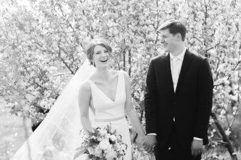 044-Spring-Barn-_Rock-Ridge-Orchard-Wedding_James-Stokes-Photography-