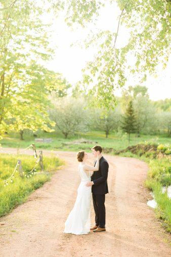 069-Sunset-Photos_Rock-Ridge-Orchard-Wedding_James-Stokes-Photography-