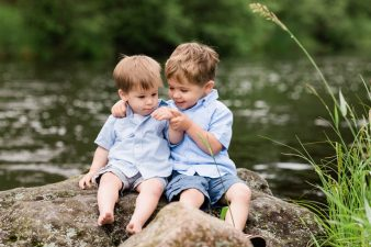 15-Northern-Central-Wisconsin-Family-Photographer-Medford-Wisconsin-James-Stokes-Photography-Water-Woods-Lifestyle-Photos.19