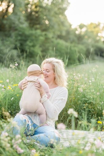 15-Central-Wisconsin-Family-Photographer–Baby-First-Year-James-Stokes-Photography.19