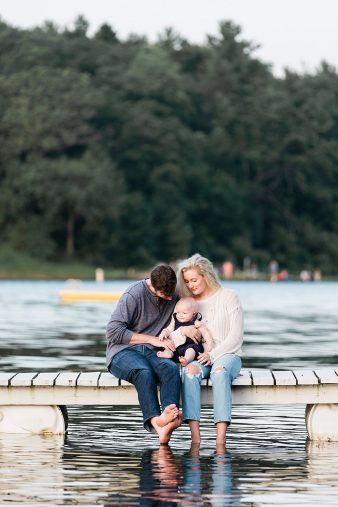 22-Central-Wisconsin-Family-Photographer–Baby-First-Year–Lake-Emily-Amerhst-WI.James-Stokes-Photography.19