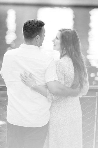 29-Milwaukee-Beach-Engagement-Photos-James-Stokes-Photography