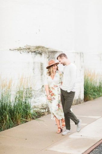 16-Downtown-Twin-Cities-Engagement-photos-James-Stokes-Photography