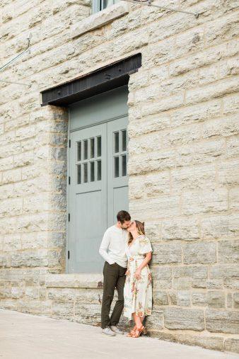 26-Downtown-Minneapolis-Couple-Engagement-photos-James-Stokes-Photography