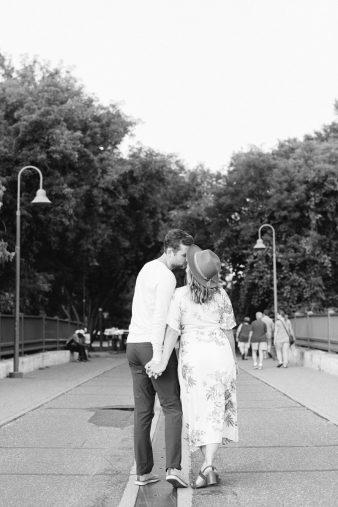 40-Minneapolis-Stone-Arch-Bridge-Engagement-photos-James-Stokes-Photography