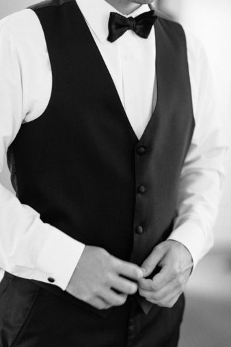 04_Classic-Wausau-Church-Wedding-James-Stokes-Photography