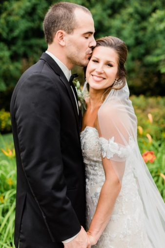 45_Downtown-Wausau-Wedding-Photos-James-Stokes-Photography
