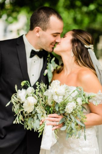 51_Downtown-Wausau-Wedding-Photos-James-Stokes-Photography