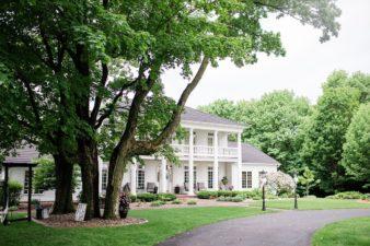 03-Central-Wisconsin-Backyard-Estate-Wedding-James-Stokes-Photography