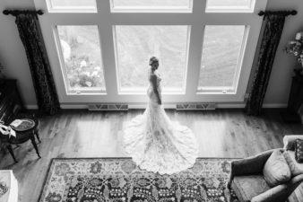15-Wisconsin-Classic-Country-Club-Catholic-Wedding-James-Stokes-Photography