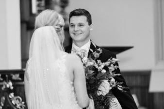 25-Wisconsin-Classic-Country-Club-Catholic-Wedding-James-Stokes-Photography