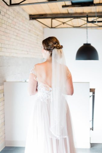 27-Eastern-Wisconsin-Wedding-Photographers-Gather-on-Broadway-Loft-James-Stokes-Photography-