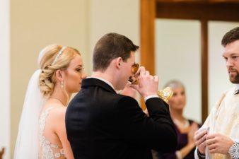 29-Wisconsin-Classic-Country-Club-Catholic-Wedding-James-Stokes-Photography