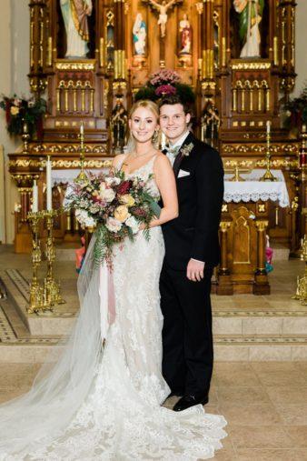 36-Wisconsin-Classic-Country-Club-Catholic-Wedding-James-Stokes-Photography