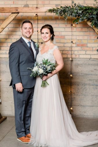 51-Eastern-Wisconsin-Wedding-Photographers-Gather-on-Broadway-Loft-James-Stokes-Photography-
