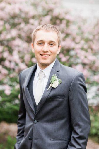 55-Wisconsin-Backyard-Classic-Wedding-James-Stokes-Photography