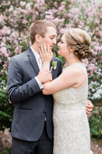 56-Wisconsin-Backyard-Classic-Wedding-James-Stokes-Photography