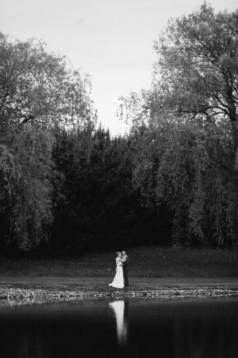57-Wisconsin-Backyard-Classic-Wedding-James-Stokes-Photography