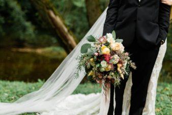 74-Wisconsin-Classic-Country-Club-Catholic-Wedding-James-Stokes-Photography